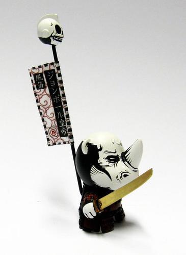 The_ronin_warlord-jon-paul_kaiser-dunny-trampt-90943m