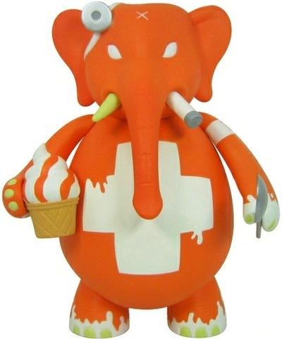 Drbomb_orange_vanilla_swirl_smoking-frank_kozik-dr_bomb-toy2r-trampt-91467m