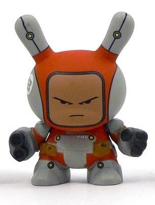 Heavy_trooper_-_red-huck_gee-dunny-kidrobot-trampt-91612m