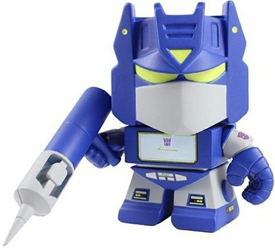 Soundwave-les_schettkoe-transformer_mini-the_loyal_subjects-trampt-91617m