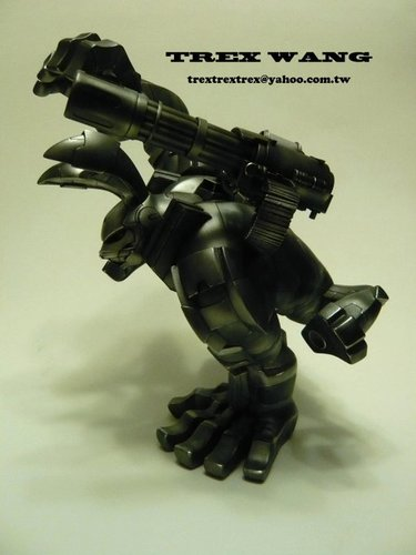 War_machine-trex_wang-paw-trampt-92887m