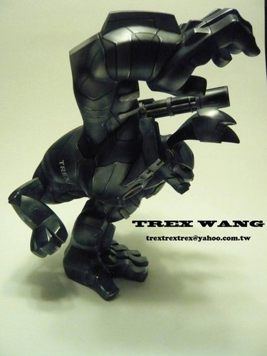 War_machine-trex_wang-paw-trampt-92888m