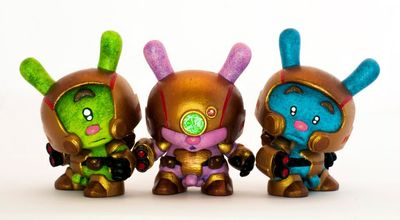 Battle_star_astronauts_-_charlie-bashprojects-dunny-trampt-93547m