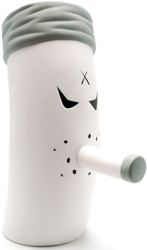 Smokey_unfiltered_-_12-frank_kozik-big_monger-kidrobot-trampt-94056m