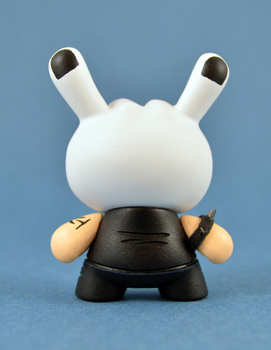 Metal_hand-charles_rodriguez-dunny-trampt-94735m