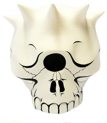 Libertas_skull-jon-paul_kaiser-libertas_skull-man-e_toys-trampt-95097m