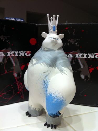 Panda_king-polar_king-woebots_aaron_martin_classified-panda_king-trampt-95792m