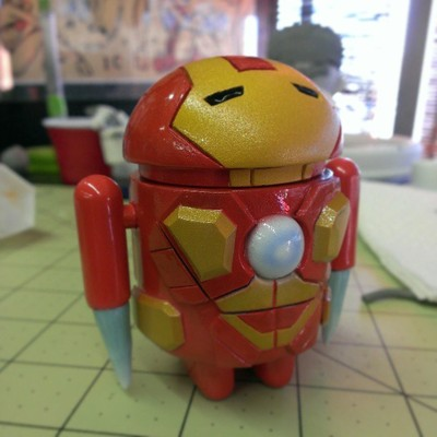 Iron_droid-troy_martin-android-trampt-95872m