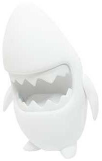 Great_white_sharky_diy-keithing_keith_poon-sharky-toyqube-trampt-96054m