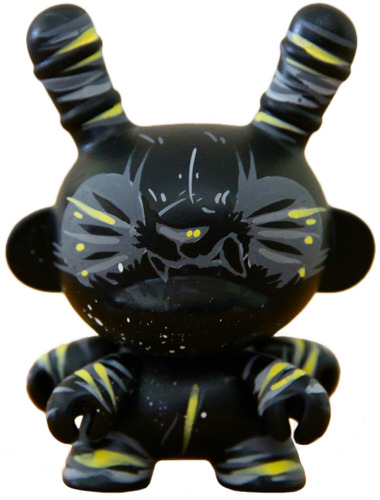 Darkness_dunny_four_armed-woebots_aaron_martin-dunny-trampt-96390m