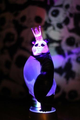 Panda_king_-_stealth_ap-woebots_aaron_martin-panda_king-silent_stage_gallery-trampt-96397m