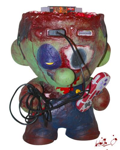 Zombie_console-halo_seraphim-munny-kidrobot-trampt-96560m