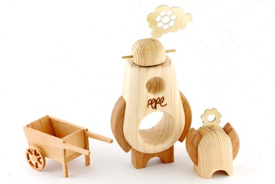 Arborobot_ramble__roam_set_-_gardener-cris_rose_pepe_hiller-arborobot-self-produced-trampt-96966m