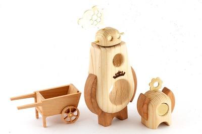 Arborobot_ramble__roam_set_-_gardener-cris_rose_pepe_hiller-arborobot-self-produced-trampt-96967m