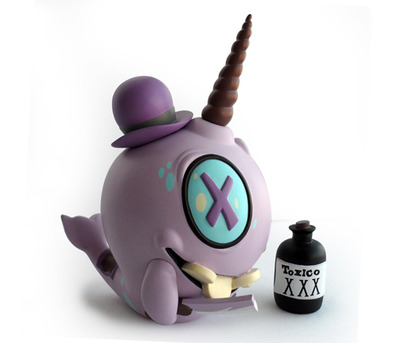 Mortimer_the_mortician_-_purple-brandt_peters-mortimer_the_mortician-artoyz-trampt-99160m
