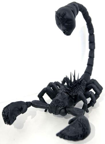 Scorpion-jryu_jryu-mixed_media-trampt-100443m
