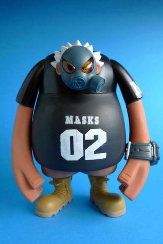 Masks_02_-_black-eric_so-masks_02-phase_20-trampt-102974m