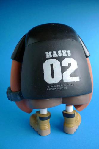 Masks_02_-_black-eric_so-masks_02-phase_20-trampt-102976m
