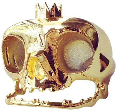 Skuhl_-_gold_chase-clogtwo-skuhl-mighty_jaxx-trampt-104161m