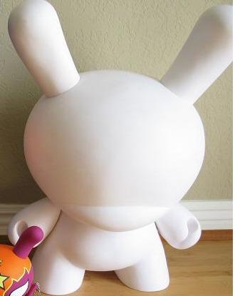Dunny_20_blank-kidrobot-dunny-kidrobot-trampt-105894m