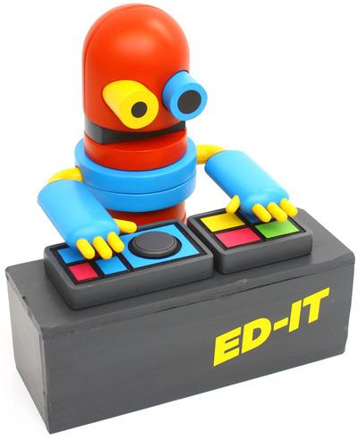 Ed-it_djs_-_b5100_oq-tesselate-ed-it-tesselate-trampt-106106m