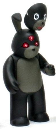Mugs_bunny_-_triclops-luke_chueh-vivisect_playset-strangeco-trampt-106145m