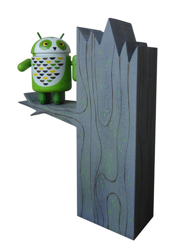Ap_whoogle_the_android_owl_tree_set-gary_ham-android-trampt-106290m