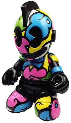 Jerkface_mascot-jerkface-kidrobot_mascot-trampt-107456m