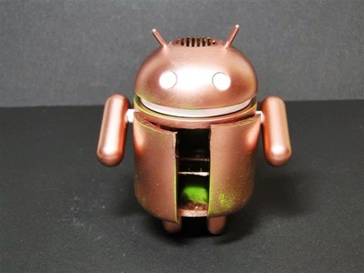 Bugtter__transformable_flying_bugdroid-hitmit-android-trampt-108197m