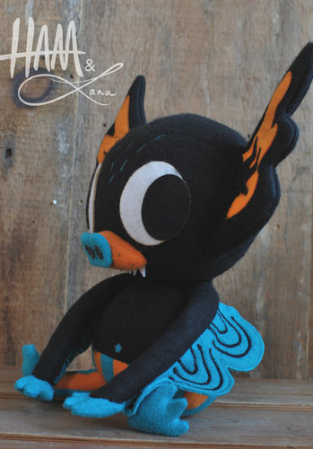 Hermees_plush-gary_ham_lana_crooks-hermees-self-produced-trampt-108521m