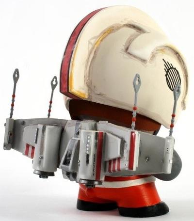 Munny_x-wing_rocketeer-bondesen-munny-self-produced-trampt-113128m