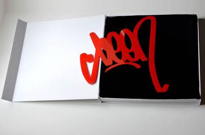 Seen_signature_-_red-seen-plexiglass-trampt-114187m