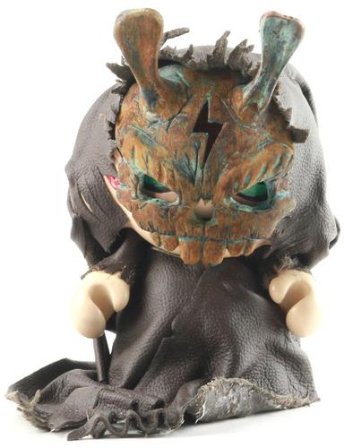 Masked_figure-mr_the_sanders-munny-trampt-114917m