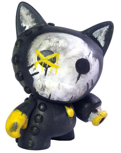 Me-ow-dannolsenart-trikky-kidrobot-trampt-116729m
