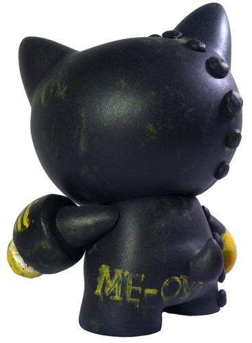 Me-ow-dannolsenart-trikky-kidrobot-trampt-116730m