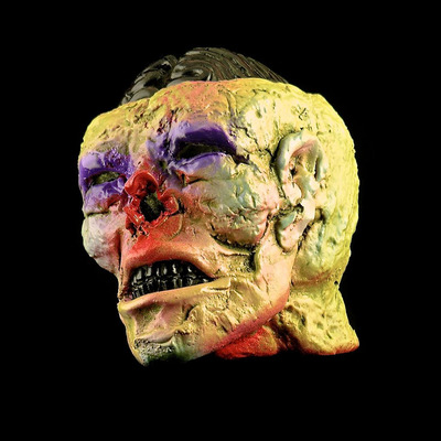 The_horsemans_head-plaseebo_bob_conge-resin-trampt-117858m
