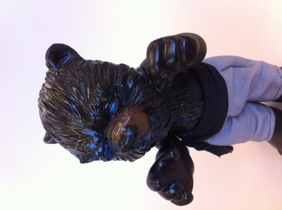 Black_and_blue_bear-goreilla-yo-trampt-119188m