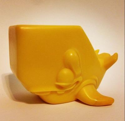 Scrimshaw_mattenoot_yellow-scribe-scrimshaw_mattenoot-cardboard_spaceship-trampt-119437m