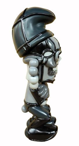 Deathead_smurks_-_mono-david_flores-deathead_smurks-blackbook_toy-trampt-119783m