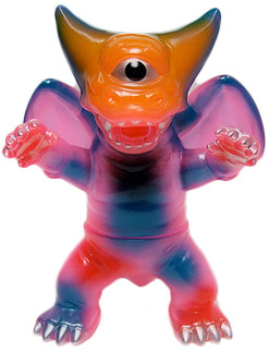 Deathra_clear_pink_hawaii_spray-gargamel_kiyoka_ikeda-mini_deathra-gargamel-trampt-119932m