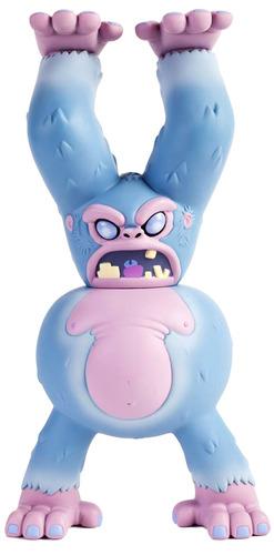 Yeti_-_blue-eric_pause-dunny-kidrobot-trampt-120325m
