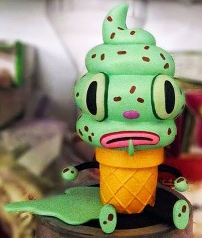 Creamy_-_mint_chocolate_chip-gary_baseman-creamy-3d_retro-trampt-120631m