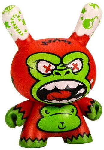 Holidape_dunny_-_christmas-mad_jeremy_madl-dunny-kidrobot-trampt-120748m