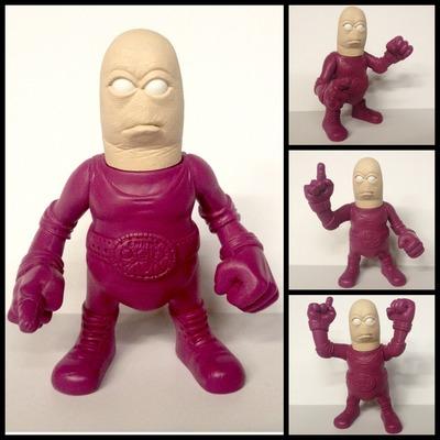 Thumbz_thumb_wrestler-mike_regan_mikefx-thumbz_-_original_character-rotten_resin_self-produced-trampt-120938m