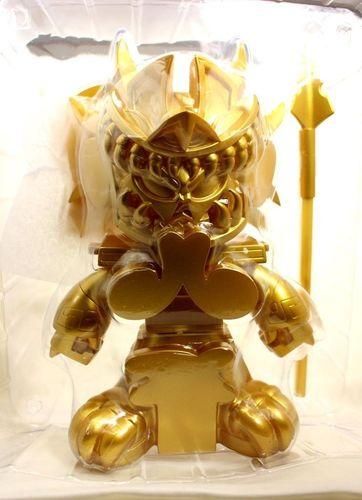 Og_-_gold_chase-jesse_hernandez-miquitzticoatl_death_serpent-kuso_vinyl-trampt-123292m