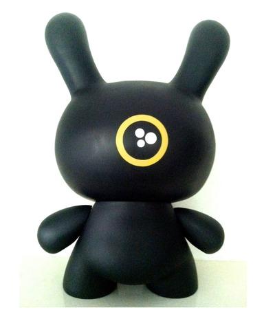 Pacman_black_-_20-dalek_james_marshall-dunny-kidrobot-trampt-123450m