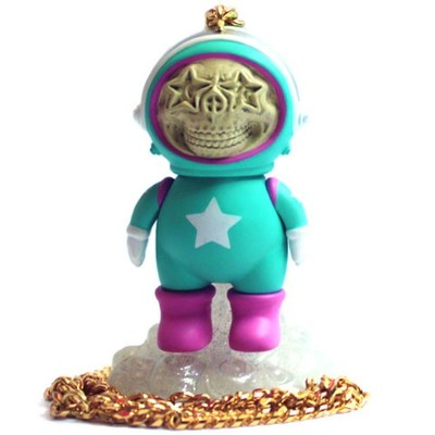Dum_english_astronaut_skull_star_necklace_-_turquoise-chris_brown_ron_english-dum_english-made_by_mo-trampt-124189m