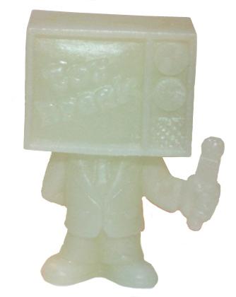 Toy_break_mascot_-_gid-george_gaspar-toy_break_mascot-october_toys-trampt-125088m