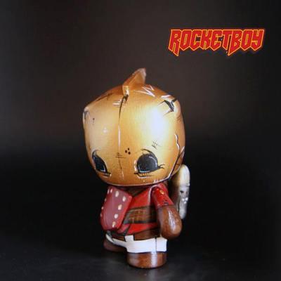 Rocketeer-rocketboy_customs_ryan_mcclure-micro_munny-trampt-125544m