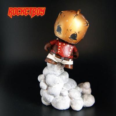 Rocketeer-rocketboy_customs_ryan_mcclure-micro_munny-trampt-125545m